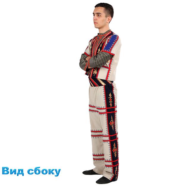 Костюм Кочари мужской. Вид сбоку